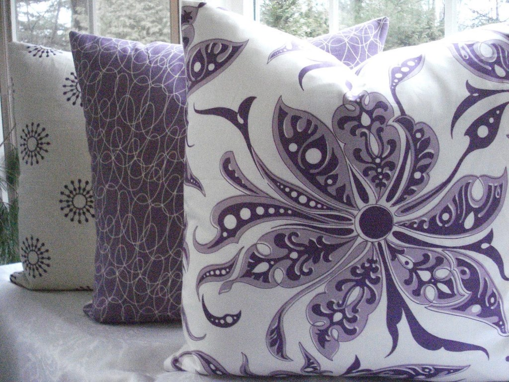 Image of: Green And Purple Throw Pillows