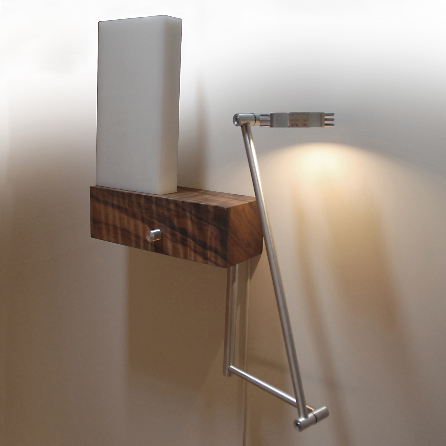 Image of: Hardwired Wall Sconce Design