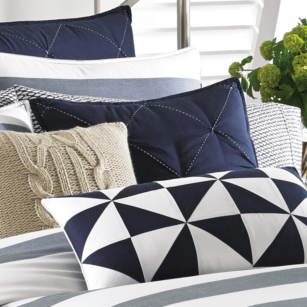 Image of: Lawndale Navy Throw Pillows Designs Ideas