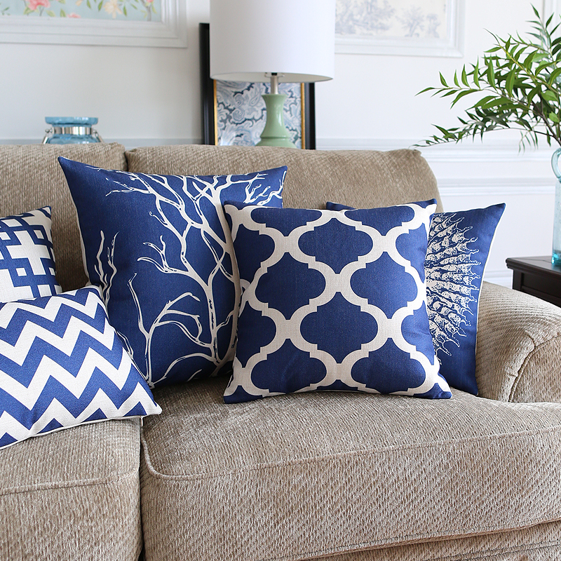 Image of: Linen Navy Throw Pillows