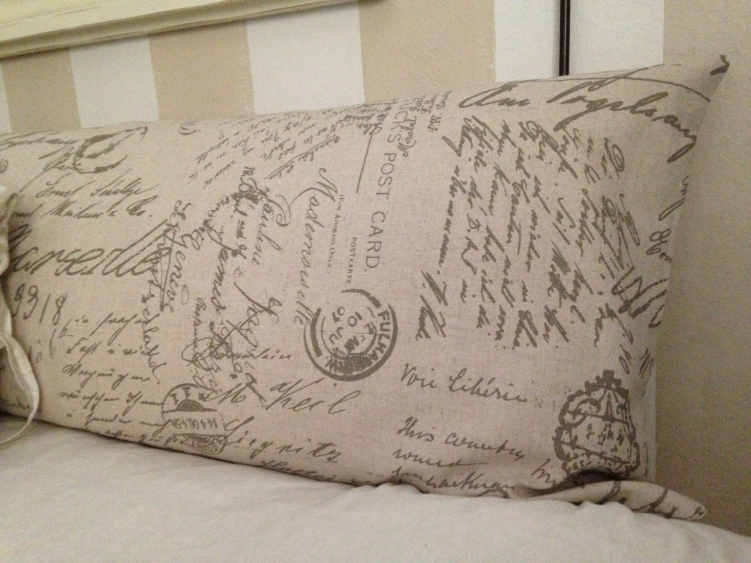 Image of: Long Pillow Design Ideas