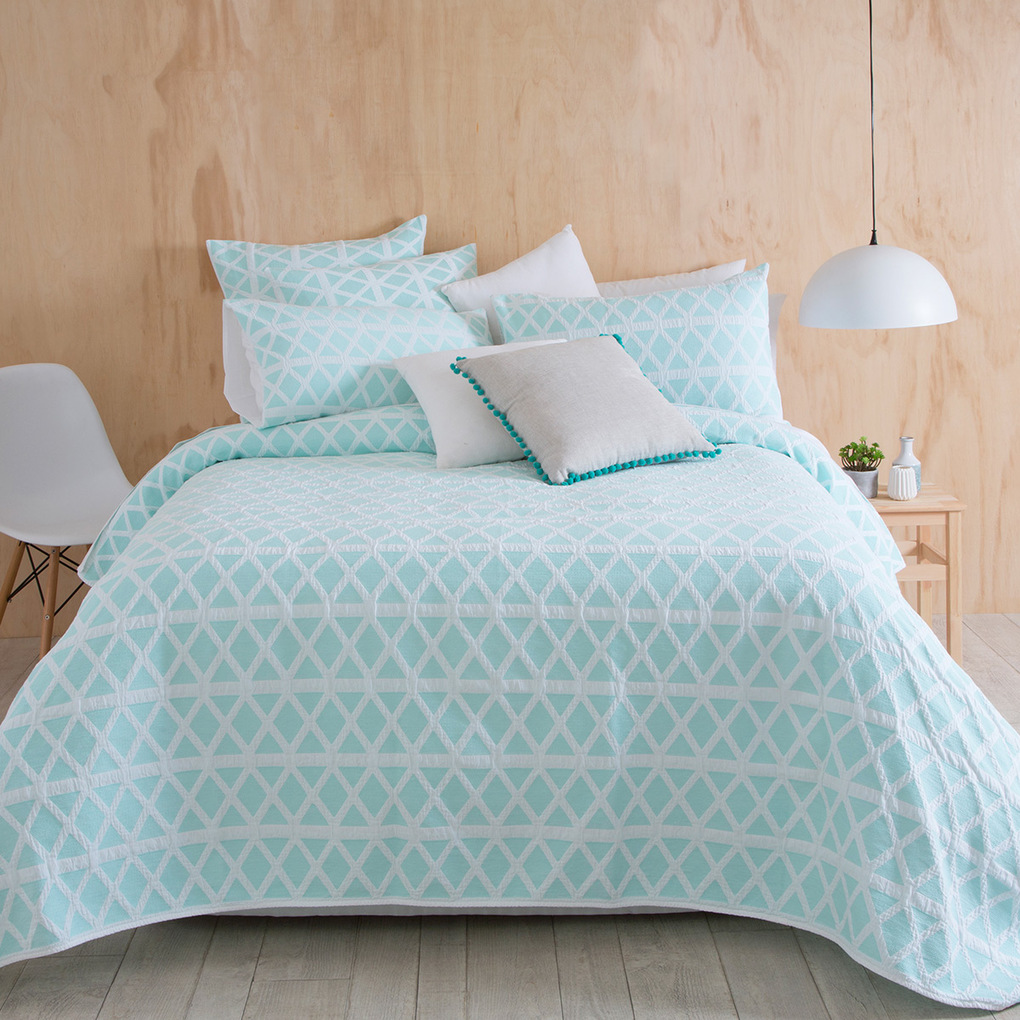 Image of: Mint Pillows Set