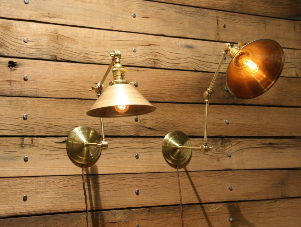 Image of: Mission Craftsman Style Wall Sconce