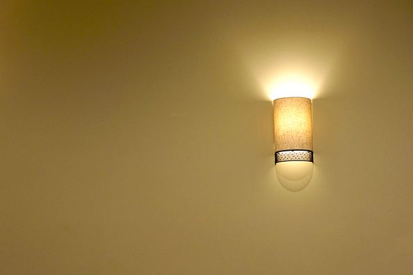 Image of: Modern-Battery-Operated-Sconce-Lights