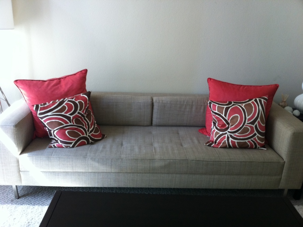 Modern Throw Pillows Art