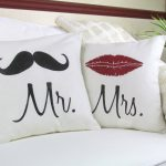 Mr and Mrs Pillows Theme