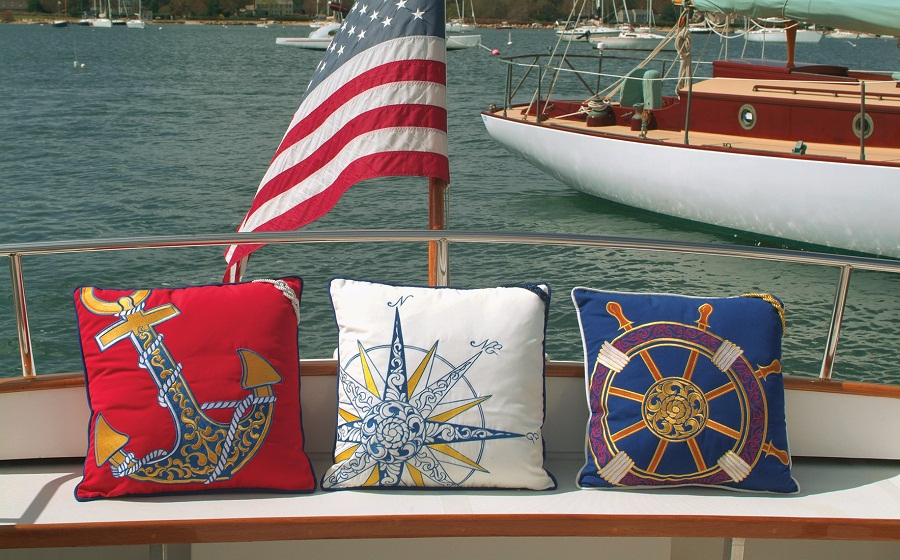 Image of: Nautical Pillows Ideas