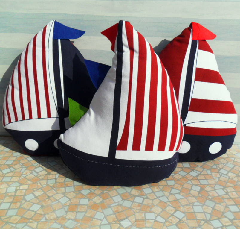 Image of: Nautical Pillows Shapes