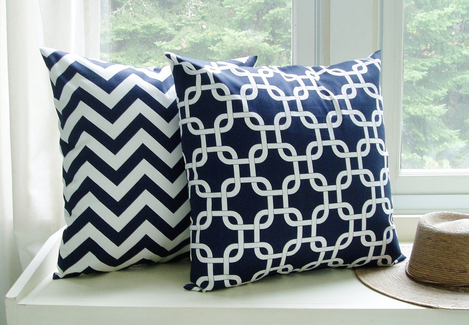 Image of: Navy Blue Throw Pillows Pattern