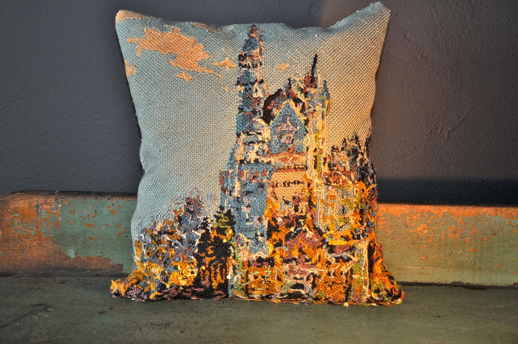 Image of: Needlepoint Pillows Art