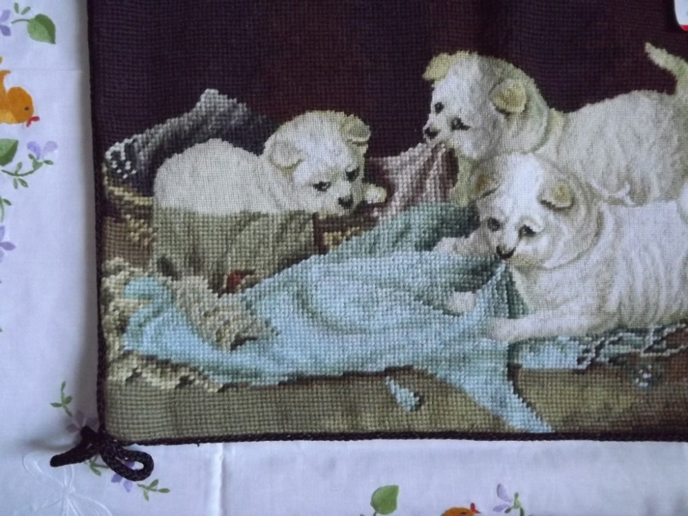 Image of: Needlepoint Pillows Cute