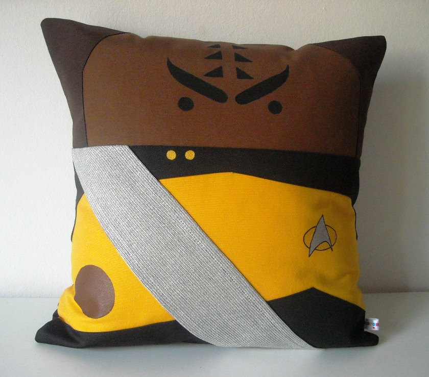 Image of: Nerdy Pillows Art