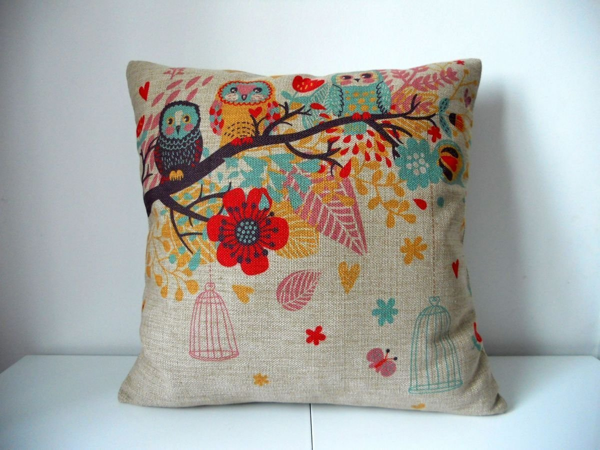 Image of: Nice Owl Pillow
