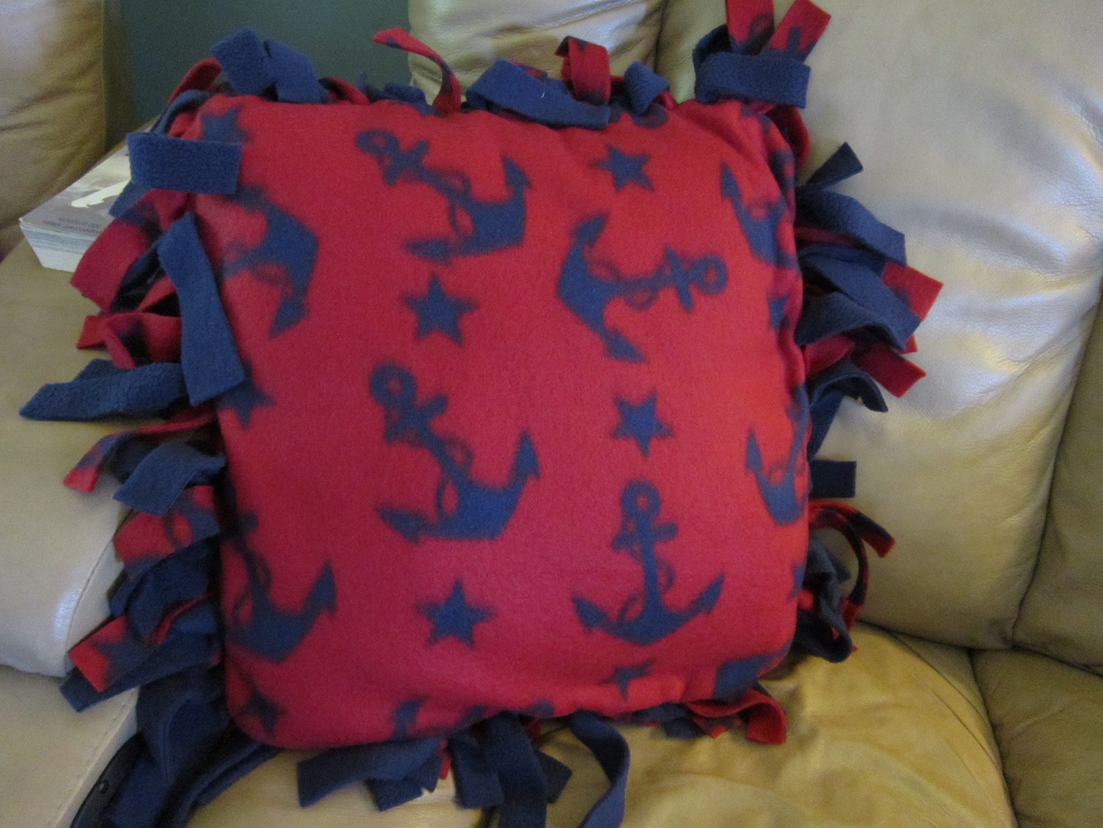 Image of: No Sew Pillow Covers Design