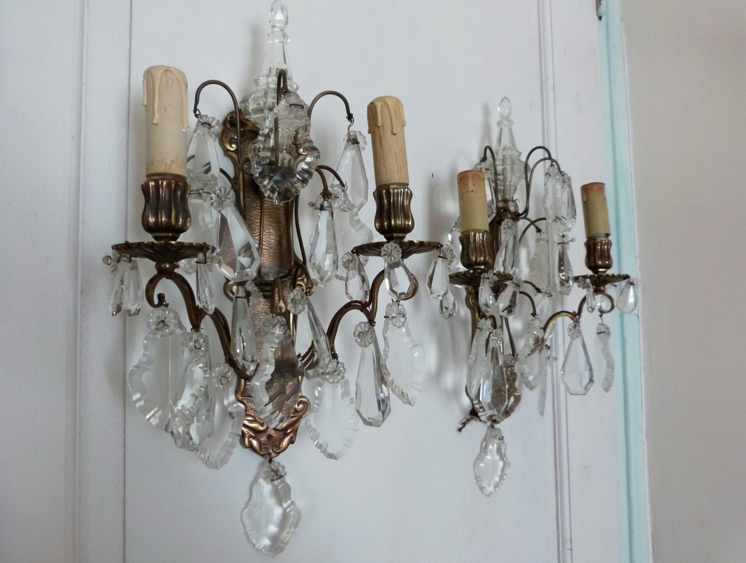 Image of: Operated Battery Sconces