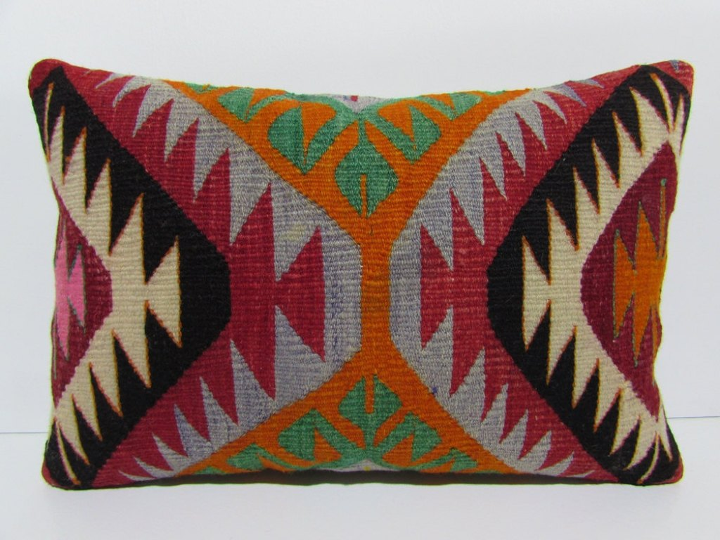 Image of: Outdoor Lumbar Pillows Coral