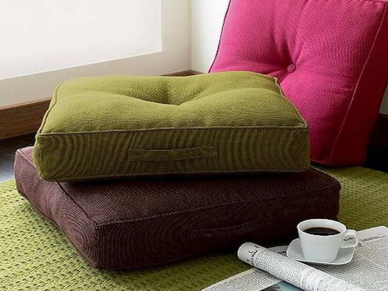 Image of: Oversized Floor Pillows Cover