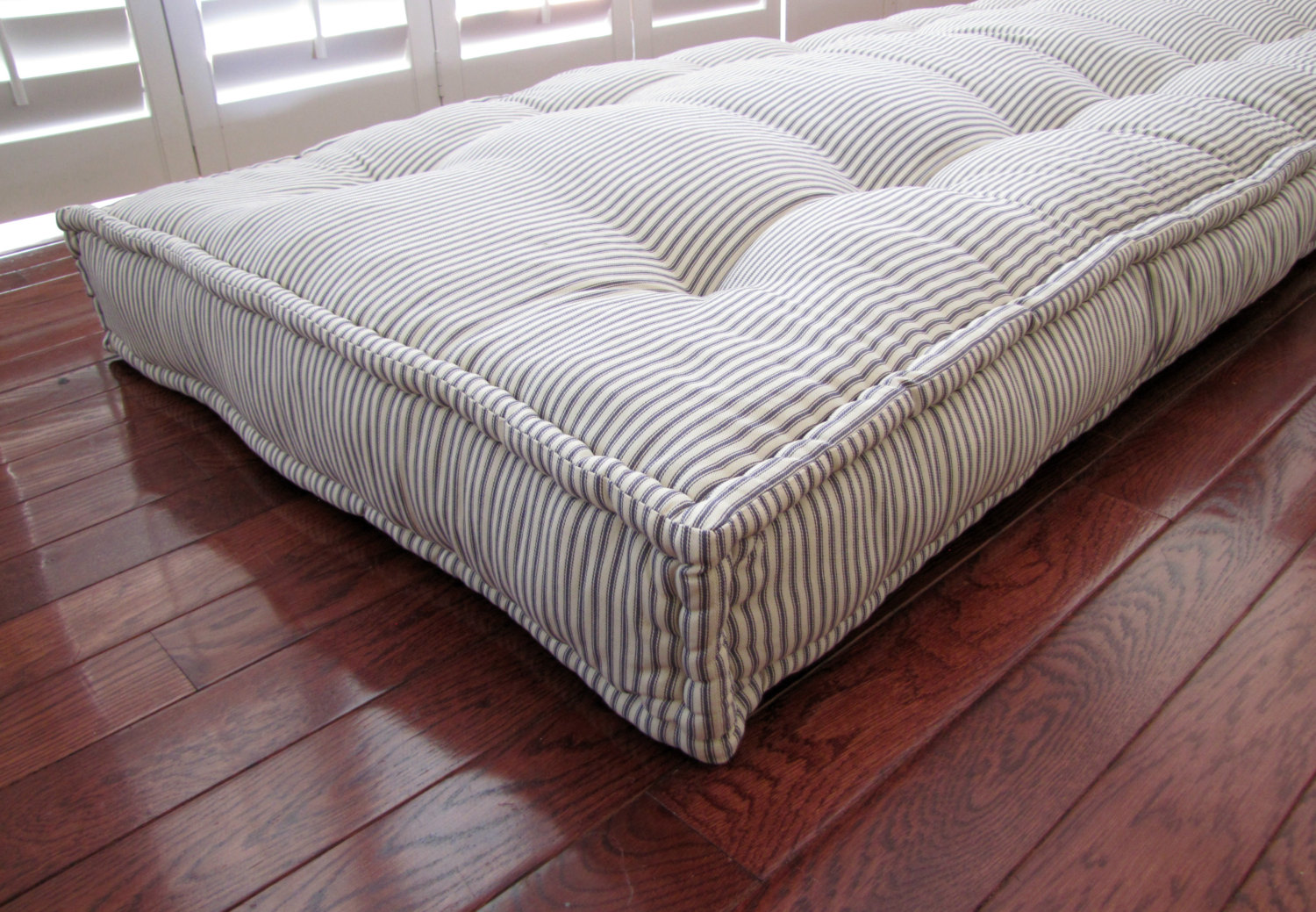Image of: Oversized Floor Pillows Models