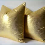 Oversized Pillows Gold