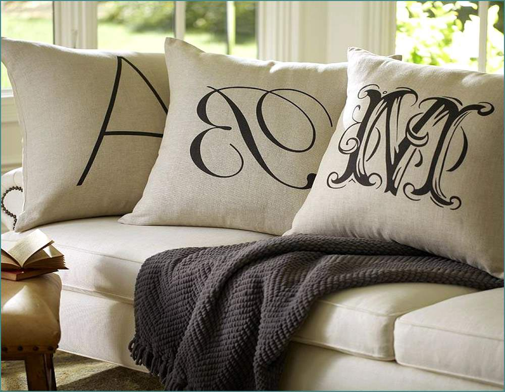 Image of: Oversized Pillows Sofa