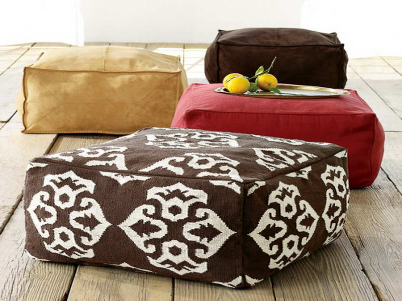 Image of: Oversized Pillows Square