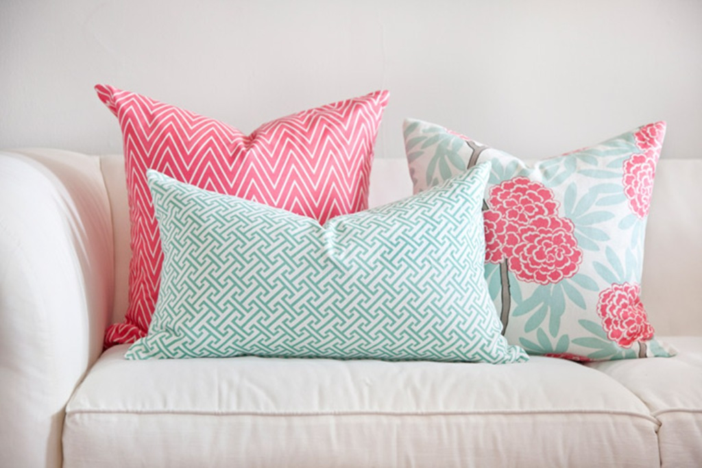 Image of: Pattern Mint Pillows