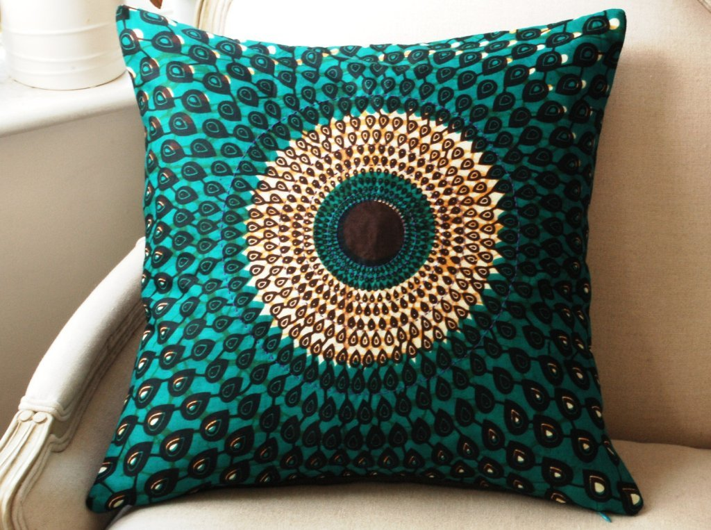 Image of: Peacock Pillow Throw