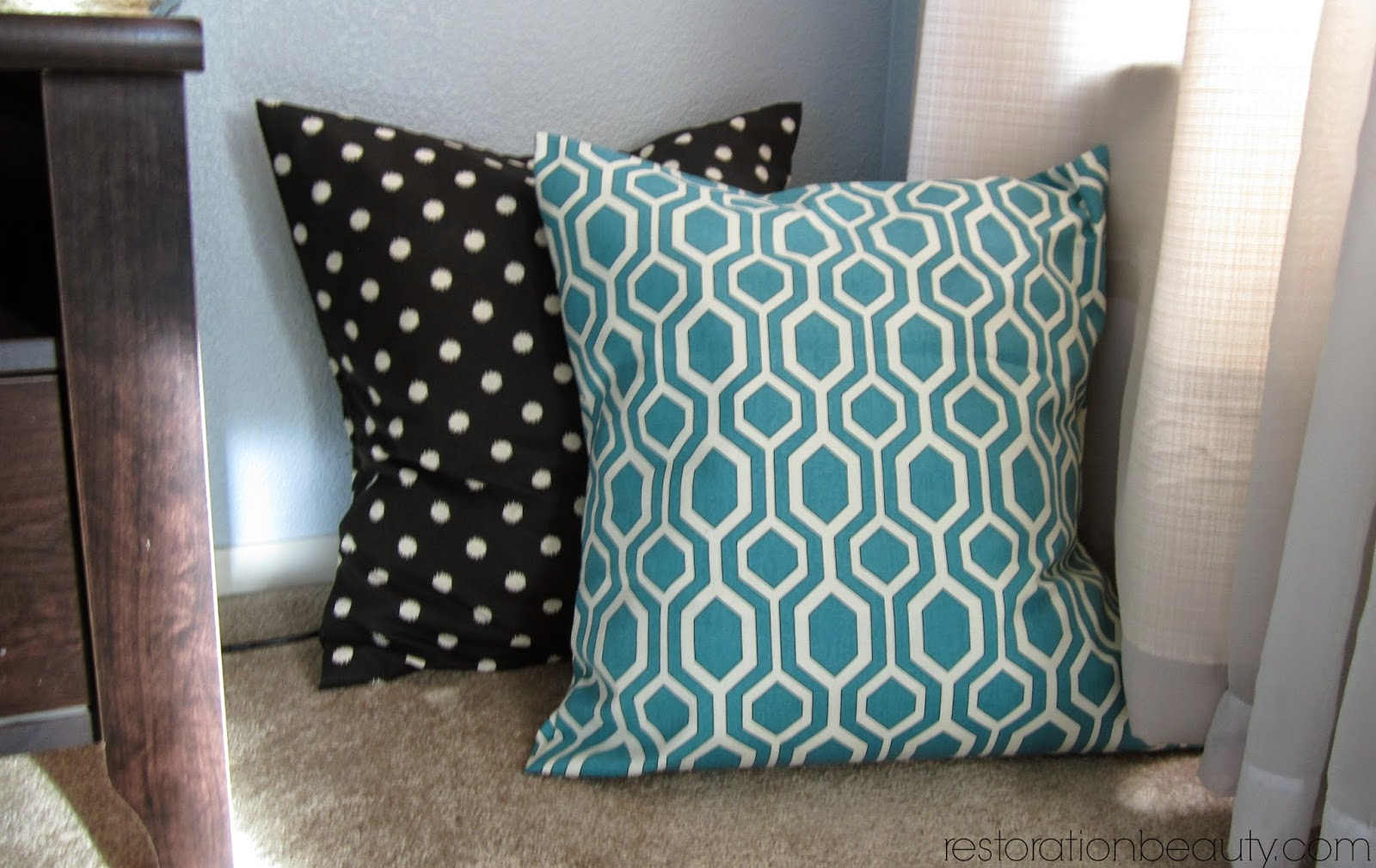 Image of: Perfect No Sew Pillow Covers