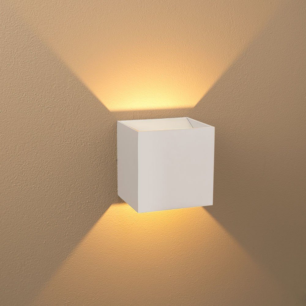 Picture Indoor Wall Sconce