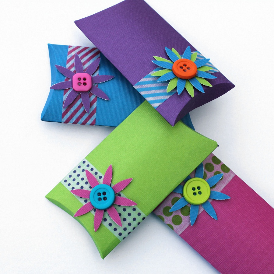 Image of: Pillow Boxes Kids