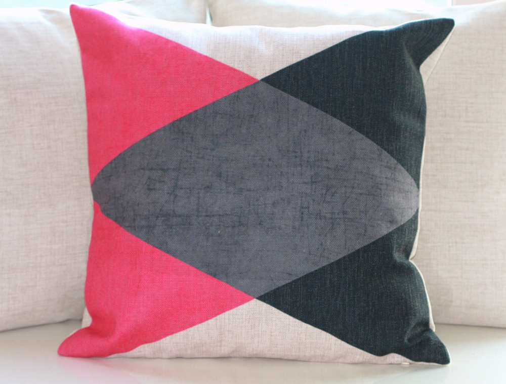Image of: Pink Throw Pillows for Couch