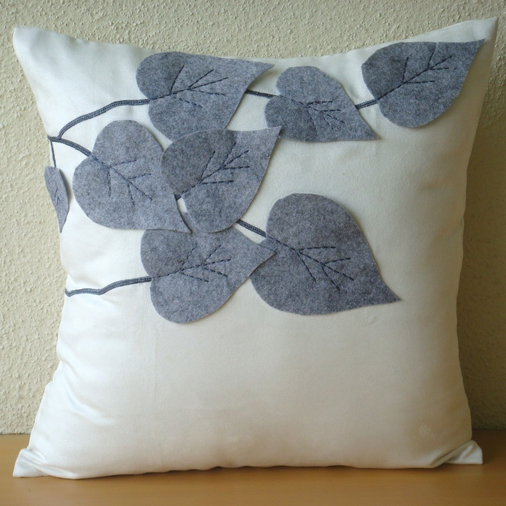 Image of: Popular Leaf Throw Pillows
