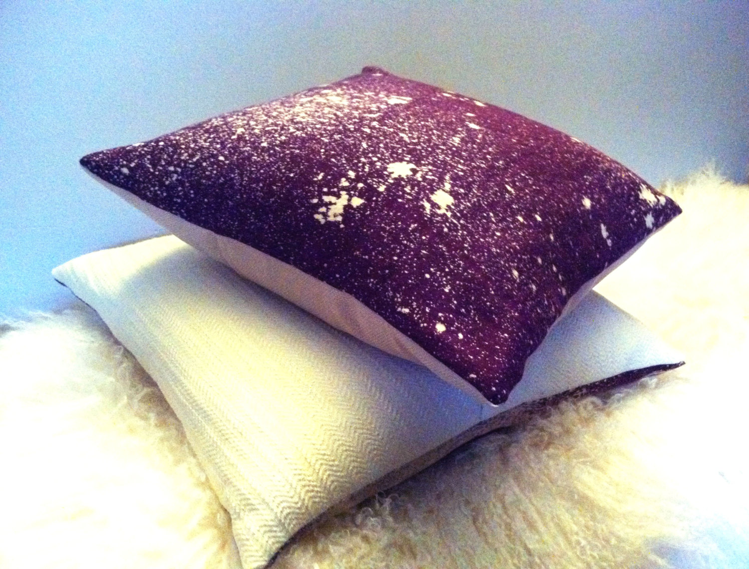 Image of: Purple Decorative Pillows Ideas