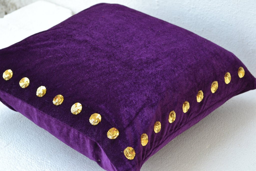 Image of: Purple Throw Pillows 20 X 20