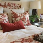 Red Throw Pillows Pattern