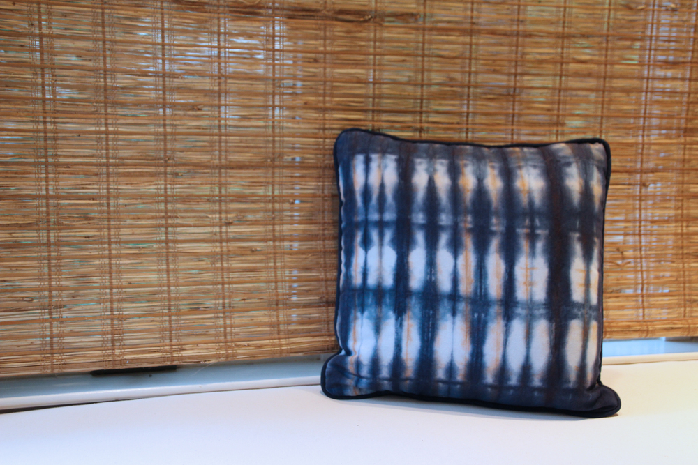 Image of: Shibori Pillow Design