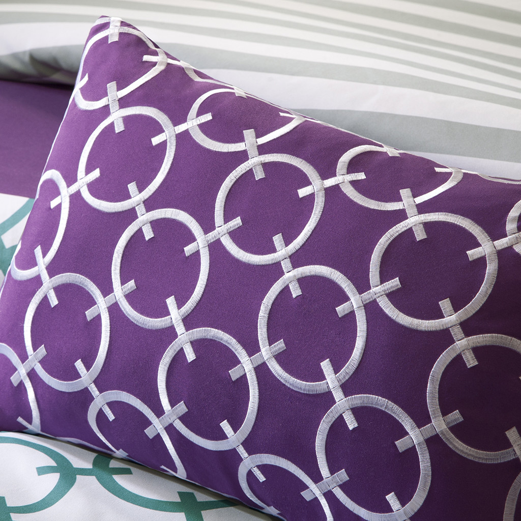 Image of: Simple Purple Decorative Pillows