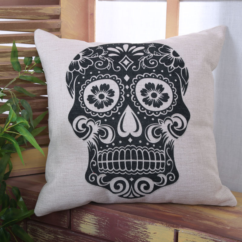 Image of: Skull Pillow Pack