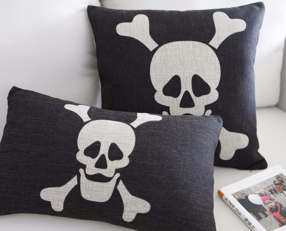Image of: Skull Pillow Suggestions