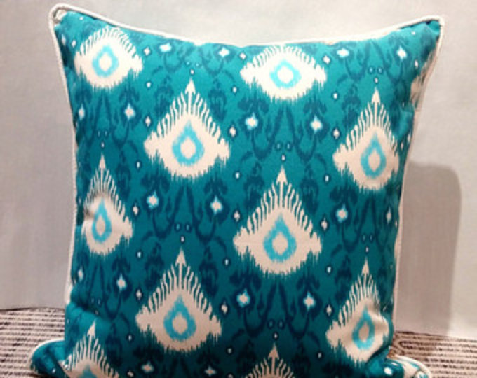 Image of: Solid Turquoise Outdoor Pillows