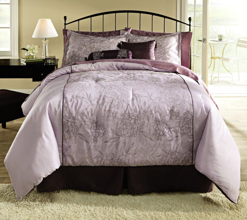 Image of: Stylish Purple Decorative Pillows