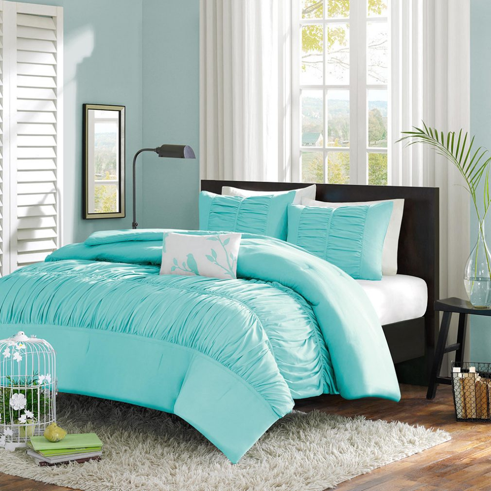 Image of: Turqois Mint Pillows