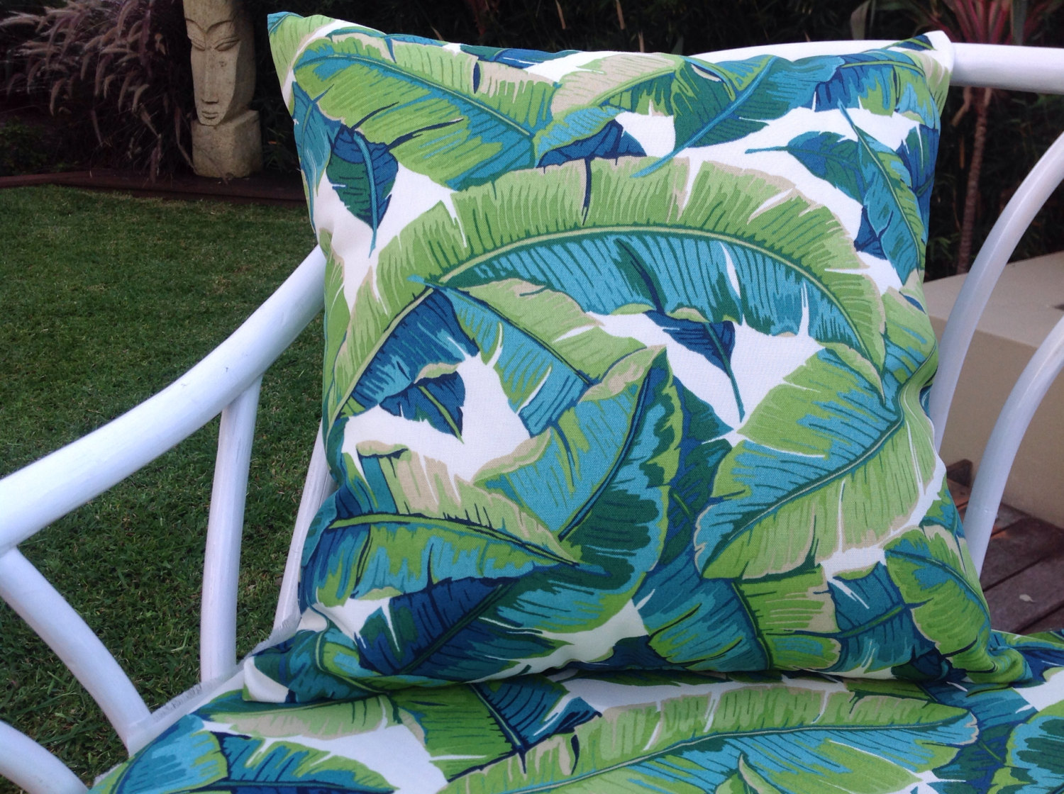 Image of: Turquoise Outdoor Pillows Bench Cushions