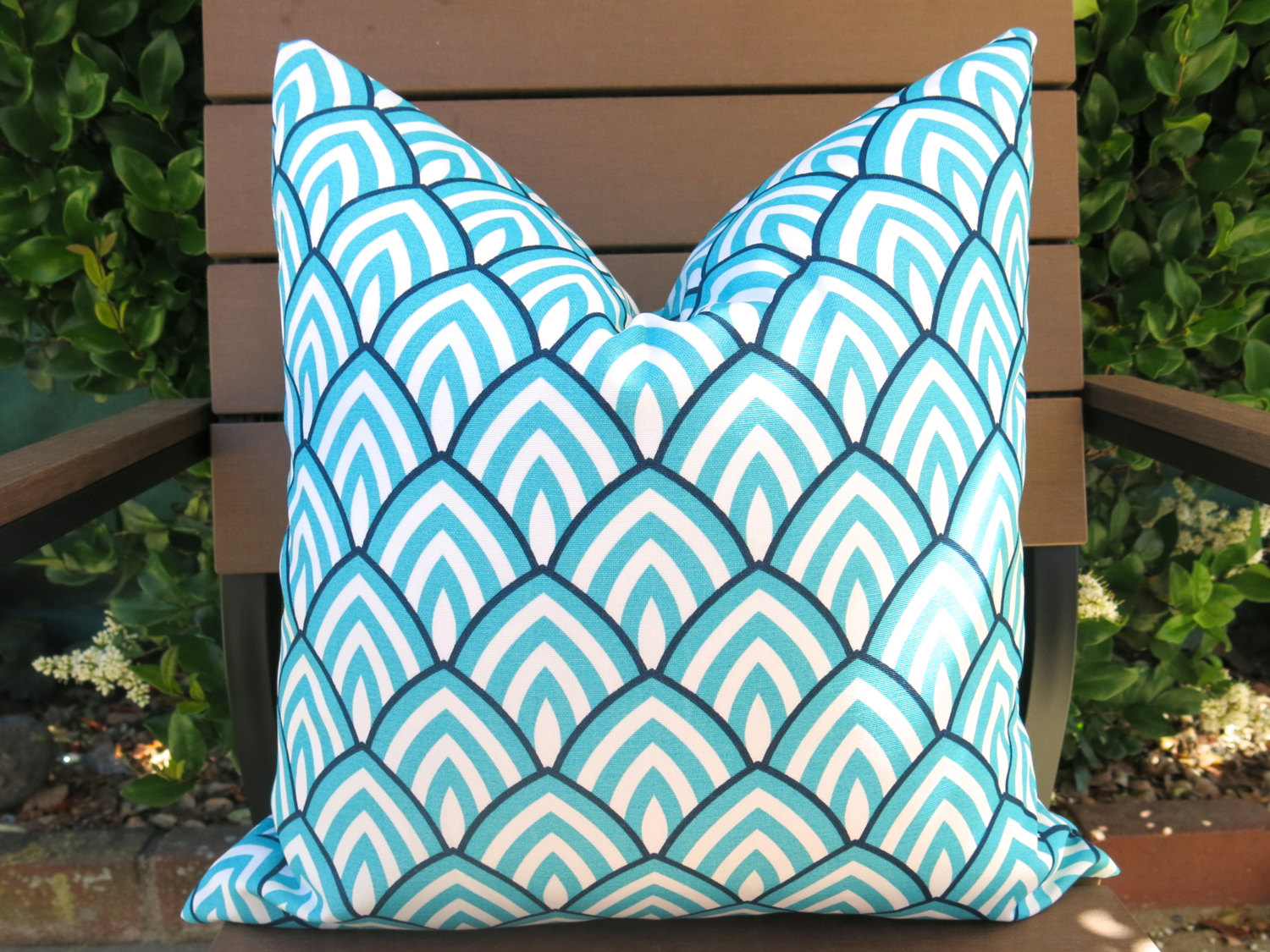 Image of: Turquoise Outdoor Pillows Chair Cushions