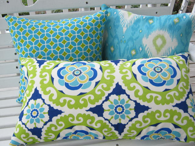 Image of: Turquoise Outdoor Pillows Chaise Cushions