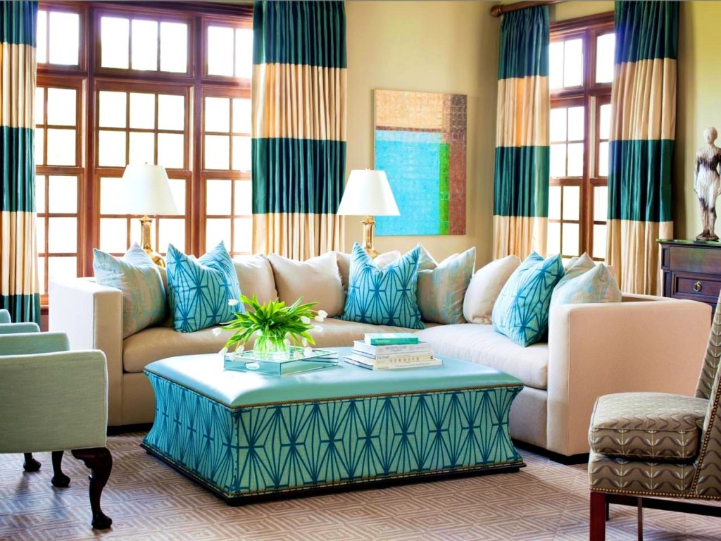 Image of: Turquoise Pillows Living Room