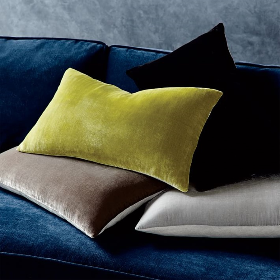 Image of: Velvet Lumbar Pillows