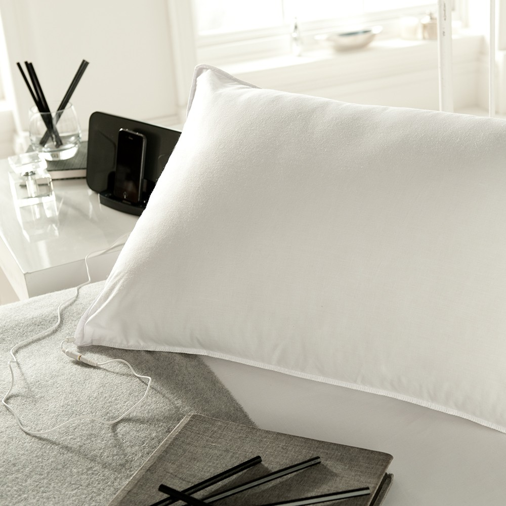 Image of: White Pillow Speaker