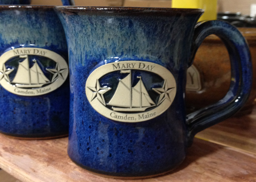 Image of: 6 Stoneware Mugs