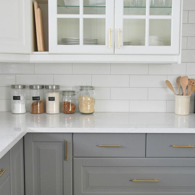 Image of: Awesome Subway Tile Kitchen Backsplash Ideas